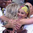 Danielle Winits abraça Ana Maria Braga após ser eliminada do 'Super Chef', no 'Mais Você'