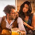 Em 'Velho Chico': Santo (Domingos Montagner) pede separação a Luzia (Lucy Alves), que se revolta com o marido