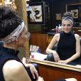 Julia Konrad gosta de usar acessórios no cabelo: 'Dá mais um charme'