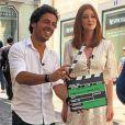 Marina Ruy Barbosa concedeu uma entrevista na a emissora local de Lisboa na Praça do Comércio