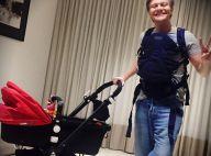 Michel Teló posa com mochila canguru à espera da filha, Melinda: 'Tudo pronto'