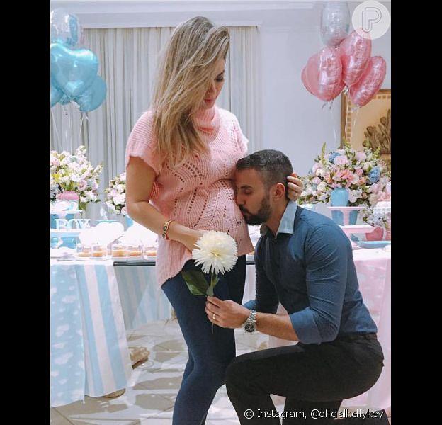 Kelly Key, grávida de quatro meses de seu terceiro filho, será mãe de um menino