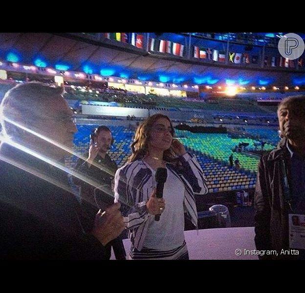 Anitta, ao lado de Gilberto Gil e Caetano Veloso,mostra bastidores do ensaio para abertura da Olimpíada em foto publicada nesta quarta-feira, dia 03 de agosto de 2016
