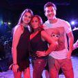 Klebber Toledo e Camila Queiroz curtiram juntos um baile funk ao lado de Susana Vieira. O casal só engatou o romance depois que a atriz se separou de Lucas Cattani