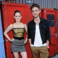 Em 2010, mesmo sem assumir publicamente o romance, os dois decidiram dividir o mesmo teto, por ideia da atriz: 'Ela está procurando uma casa em Los Angeles, quer que Robert more com ela'