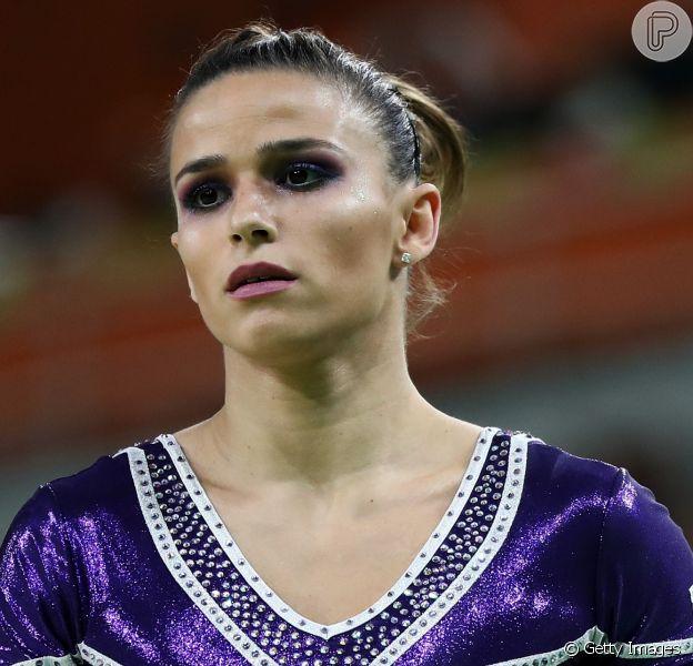 Jade Barbosa usou o Instagram para tranquilizar os fãs após não conseguir finalizar a sua série de solo, na Olimpíada Rio 2016, nesta quinta-feira 11 de agosto de 2016