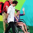 Jade Barbosa deixou a Arena Olímpica da Barra de cadeira de rodas nesta quinta-feira, 11 de agosto de 2016