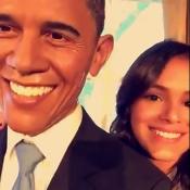 Bruna Marquezine tieta boneco de cera de Obama: 'Vamos tirar selfie'. Vídeo!