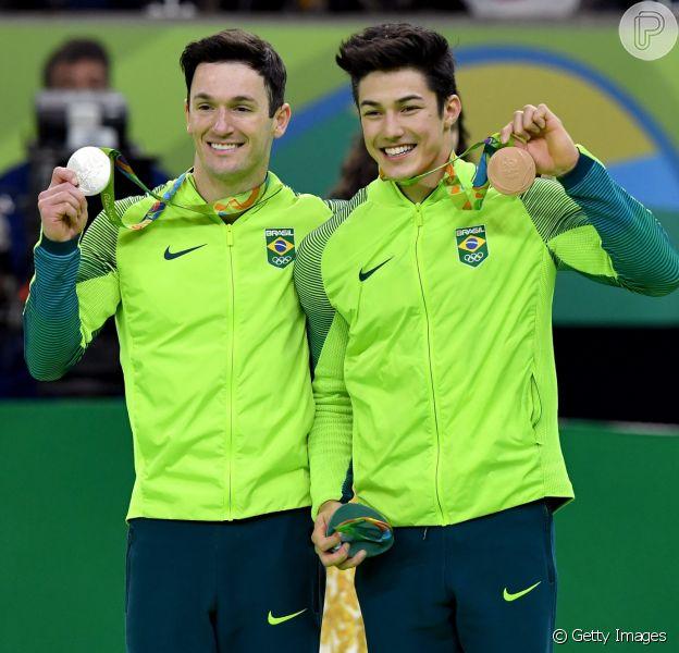Olimpíada Rio 2016: Diego Hypolito e Arthur Nory emocionam Brasil com pódio duplo no solo