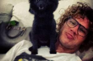 José Loreto publica foto com cachorrinho fofo