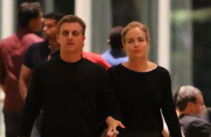 Luciano Huck e Angélica usam look parecido ao curtirem noite no cinema. Fotos!