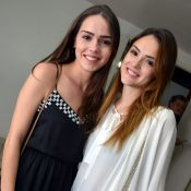 Isabelle Drummond impressiona por semelhança com a irmã, Mayra, em show no Rio