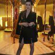 Sophia Abrahão esteve na 42º edição do SPFW com pernas de fora em look sensual Wagner Kallieno