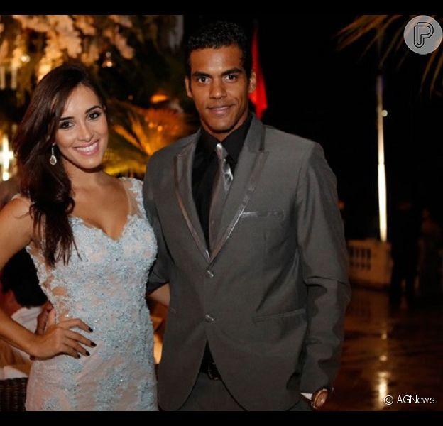 Marcello Melo Jr. terminou o namoro com a modelo e jornalista Carolina Alves