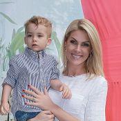 Ana Hickmann conta reação ao ouvir 'i love you' do filho: 'Me joguei no chão'