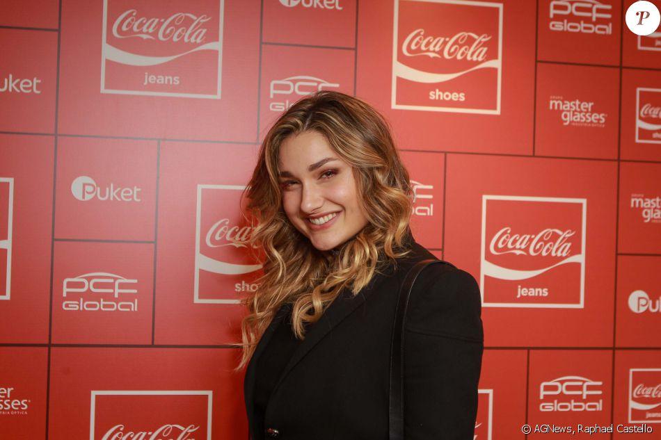 f1d6e47bc Sasha Meneghel marcou presença na festa da Coca-Cola Jeans no PanAm Club,  em São Paulo