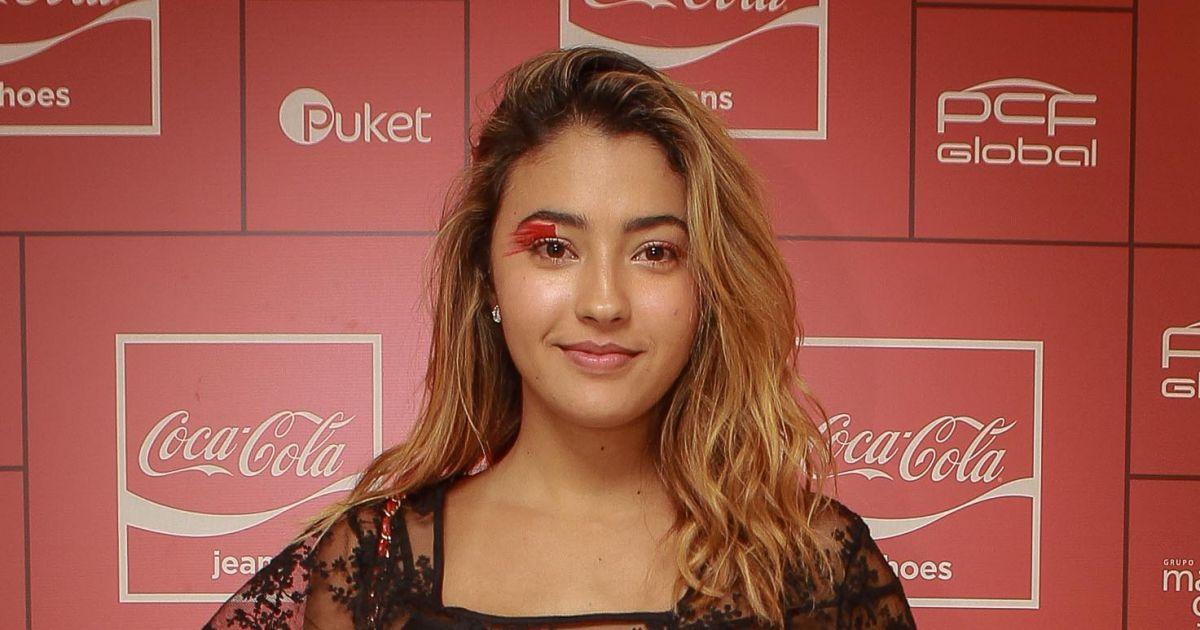 d76d8f183 A atriz Carolina Oliveira esteve na festa da Coca-Cola Jeans no PanAm Club,  em São Paulo - Purepeople