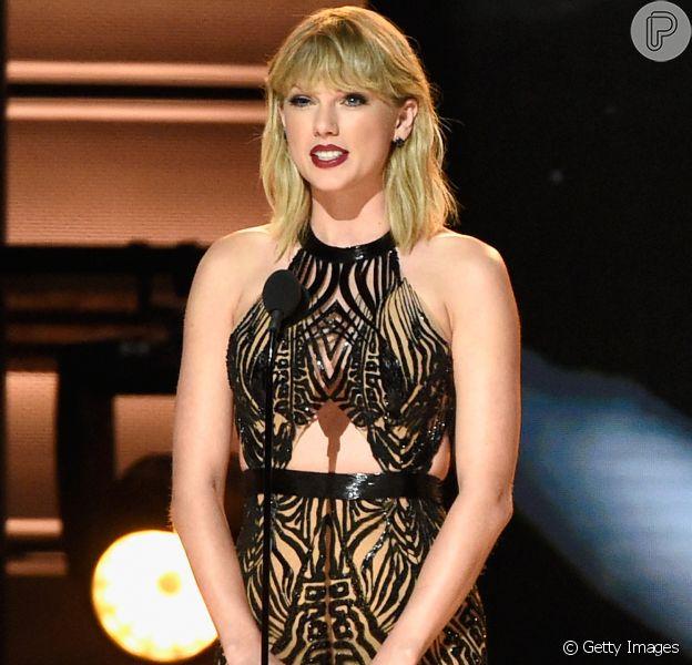 Veja fotos dos looks de Taylor Swift e mais famosas no Country Music Awards, nesta quarta-feira, 2 de novembro de 2016, em Nashville, nos Estados Unidos