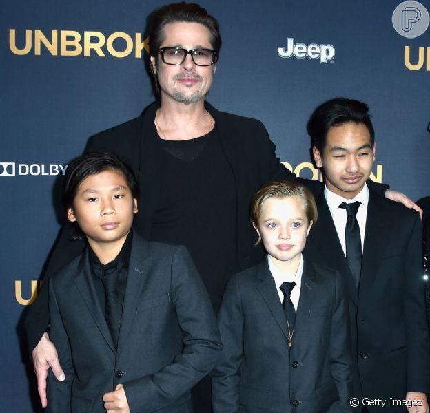 Pax, de 12 anos, e Shilon, de 10, revelaram à mãe, Angelina Jolie, o desejo de morar com o pai, Brad Pitt