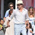 Brad Pitt atrasou o divórcio com Angelina Jolie para evitar traumas aos seis filhos