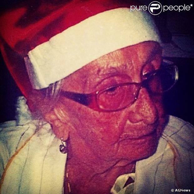 Caetano Veloso Homenageia A Mãe Dona Canô Um Ano Após Sua Morte No