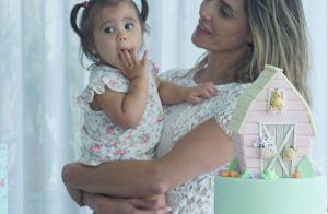Filha de Deborah Secco, Maria Flor ganha festa com tema fazenda em seus 11 meses