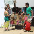 De biquíni, Sandy gravou um comercial para a marca Havaianas, na praia de Grumari, Zona Oeste do Rio de Janeiro, nesta terça-feira, 8 de novembro de 2016
