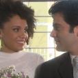 Flávia (Thais Lago) se casa com pastor Augusto (Augusto Garcia) no Vilarejo e padre Lutero (Edson Montenegro) é a testemunha da cerimônia, na novela 'Cúmplices de um Resgate'