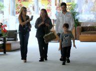 Thiago Rodrigues nega separação e vai a shopping com Cris Dias e filho. Fotos!