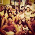 Juliana Paes comemorou o Ano-Novo em família: ' Assim começa 2014 , ao lado da família. Muita saúde, sucesso, paz, harmonia e realizações a todos', escreveu o irmão da atriz no perfil do Instagram