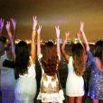 Marina Ruy Barbosa deu as boas-vindas a 2014 em Miami Beach, nos Estados Unidos, na companhia de várias amigas