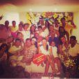 Malvino Salvador passou a noite do dia 31 com a família da nova namorada, Kyra Gracie: 'Reveillon em familia emoji️ Feliz ano novo!!!! Happy new year!!! #feliz2014', escreveu a lutadora, que aparece abraçada ao ator na foto