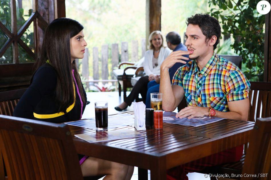 Depois de descobrir uma empresa concorrente, Fred (Thiago Amaral) suspeita que Taisa (Stephanie D'Amico) tenha copiado seus moldes, na novela 'Cúmplices de um Resgate'