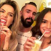 Bruna Marquezine se diverte em evento da grife de amigos de Neymar, Toiss. Vídeo