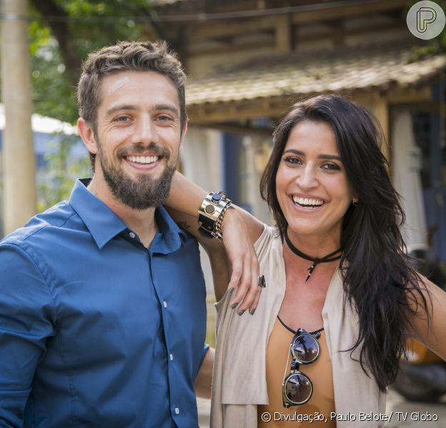 Cesar (Rafael Cardoso) conta para Carolina (Maria Joana) que viu Mario (Bruno Gagliasso) e Alice (Giovanna Antonelli) se beijando, na novela 'Sol Nascente', em 21 de novembro de 2016
