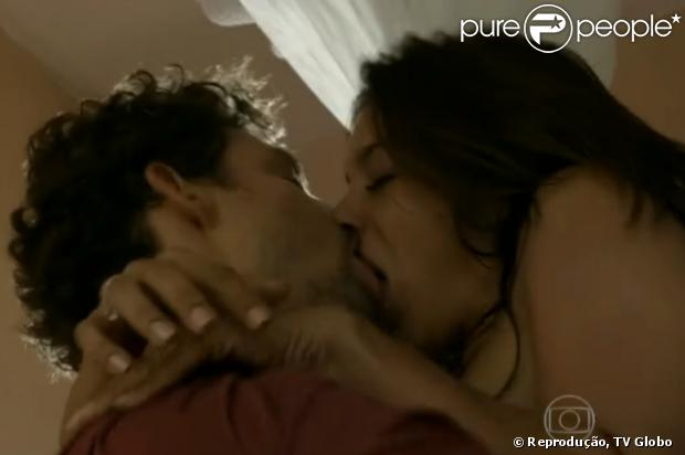 Cauã Reymond e Dira Paes em 'Amores Roubados'