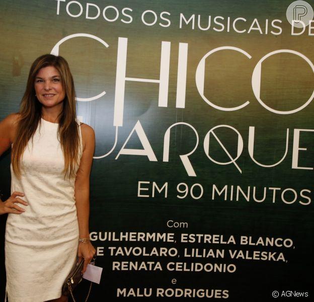 Cristiana Oliveira prestigia o espetáculo 'Todos os Musicais de Chico Buarque em 90 Minutos', no Rio