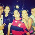 Juliana Diniz, que é amiga de Neymar e Bruna Marquezine, aparece na imagem da festa e declara ao Purepeople: 'O namoro deles não será atingido com os boatos maldosos que estão rolando', em 21 de dezembro de 2013