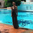 Um vestido longo e de alcinhas não pode faltar no armário para curtir o verão!