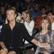 No Brasil, Xuxa acompanha mãe em hospital: 'Já respira sem a ajuda de aparelhos'