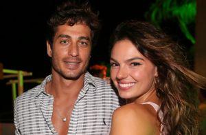 Festa reúne Isis Valverde com o namorado e outros famosos na Bahia. Fotos!