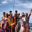 Marina Ruy Barbosa curtiu o passeio de barco em Noronha com amigos: 'Felicidade'