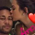 Bruna Marquezine e Neymar passaram o revéillon juntos, na mansão do jogador, em Mangaratiba