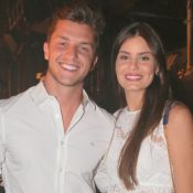 Camila Queiroz e Klebber Toledo curtem espetáculo 'Fuerza Bruta' no RJ. Fotos!