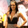 Carla Prata, acompanhou a amiga Rayanne Morais, que conheceu dentro da 'Fazenda 8', ao espetáculo de humor 'Só pra se divertir'