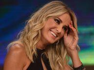 Ticiane Pinheiro posa de fio-dental na piscina e recebe elogios: 'Deslumbrante'