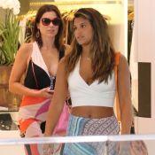 Flávia Alessandra e Giulia Costa apostam em looks decotados para driblar o calor