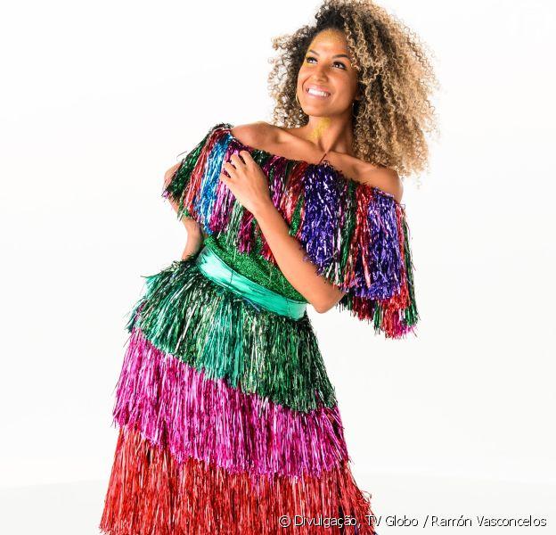 Web exalta vinheta de Carnaval na TV com Globeleza vestida: 'Bela e recatada', disseram os internautas nesta segunda-feira, 09 de janeiro de 2017