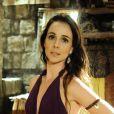 Raabe (Miriam Freeland) é ofendida por Mara (Cristiana Oliveira) e começa a ter contrações, no capítulo desta quarta-feira, 18 de janeiro de 2017, da novela 'A Terra Prometida'