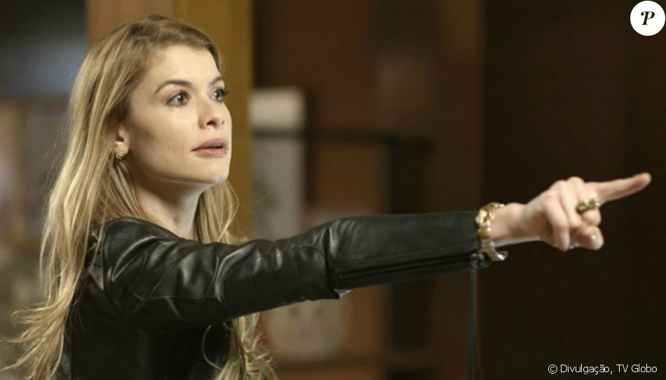 Diana (Alinne Moraes) briga com Gui (Vladimir Brichta) e o acusa de estar rejeitando Chiara (Lara Cariello) por causa da gravidez de Júlia (Nathalia Dill), na novela 'Rock Story', em janeiro de 2017